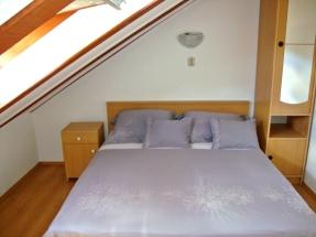 East upstairs bedroom